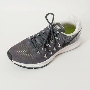 Nike Zoom Pegasus 33. Size 7.5